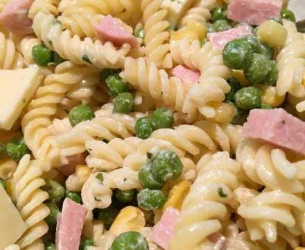 Nudelsalat – nur lecker mit dieser Soße