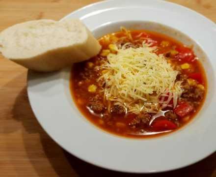 Rote Suppe – schnell und lecker – z.B. für eine Sommernachtsparty